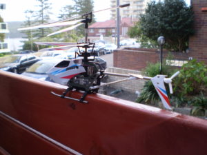 Syma-S800G-Fence-Landing